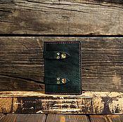 Обложки ручной работы. Ярмарка Мастеров - ручная работа Бирюзовая обложка на паспорт из сыромятной кожи. Handmade.