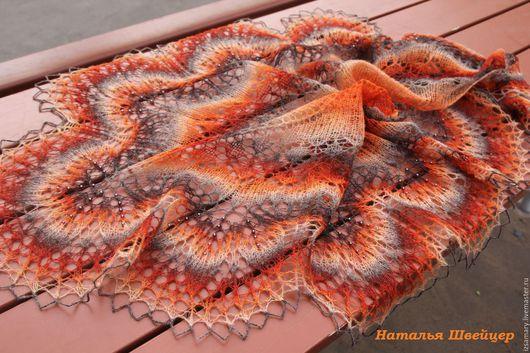 Шали, палантины ручной работы. Ярмарка Мастеров - ручная работа. Купить Шаль с бисером из шерсти Лимбажи  Ириска. Handmade. Рыжий