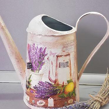 Цветы и флористика ручной работы. Ярмарка Мастеров - ручная работа Лейка  с лавандой, декорированная в стиле Прованс. Handmade.