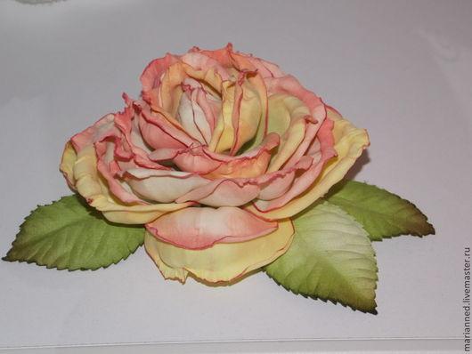 Броши ручной работы. Ярмарка Мастеров - ручная работа. Купить чайная роза. Handmade. Разноцветный, украшение на заказ, фоамиран
