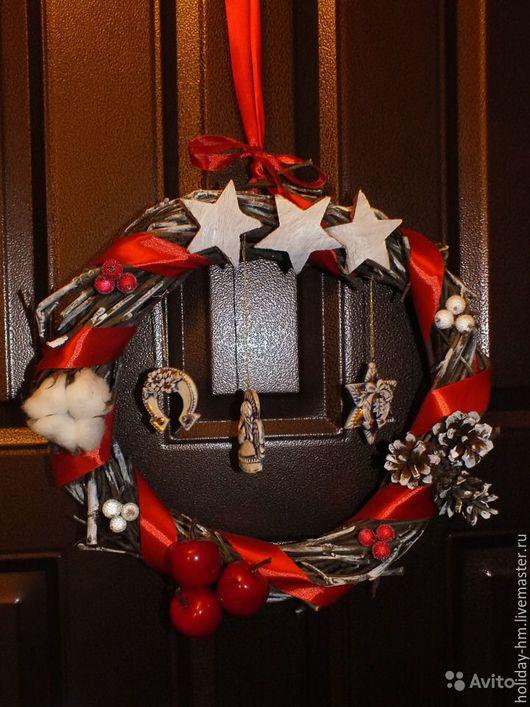 Подвески ручной работы. Ярмарка Мастеров - ручная работа. Купить Новогодний рустикальный венок в красных тонах. Handmade. Ярко-красный