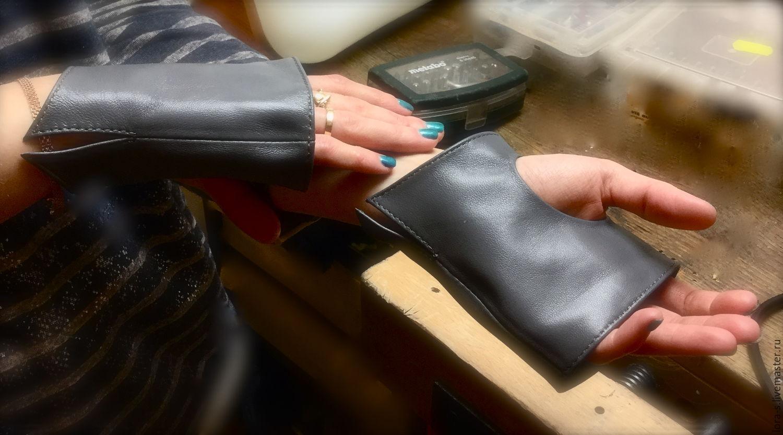 Grey leather fingerless short gloves grey, Mitts, Dusseldorf,  Фото №1