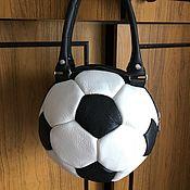 Классическая сумка ручной работы. Ярмарка Мастеров - ручная работа Сумка кожаная Футбольный мяч. Handmade.