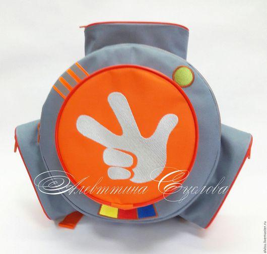 """Детские аксессуары ручной работы. Ярмарка Мастеров - ручная работа. Купить Рюкзак-помогатор """"Фиксики"""" светло-серый, оранжевый. Handmade."""