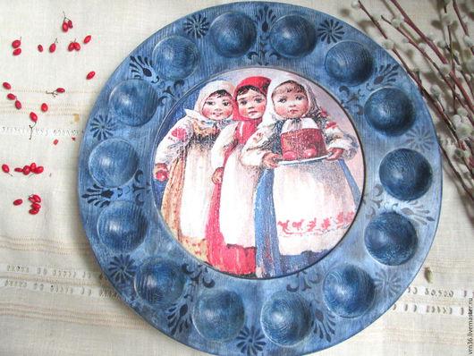 Подарки на Пасху ручной работы. Ярмарка Мастеров - ручная работа. Купить Пасхальное блюдо для кулича и яиц из сосны. Handmade. Комбинированный