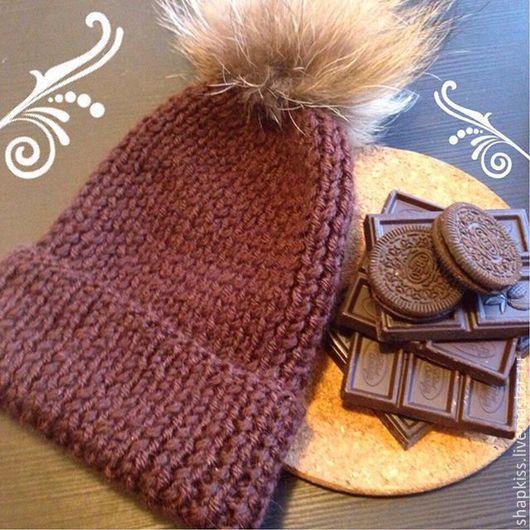 Шапки ручной работы. Ярмарка Мастеров - ручная работа. Купить Вязаная шапка. Handmade. Коричневый, натуральный мех, однотонный