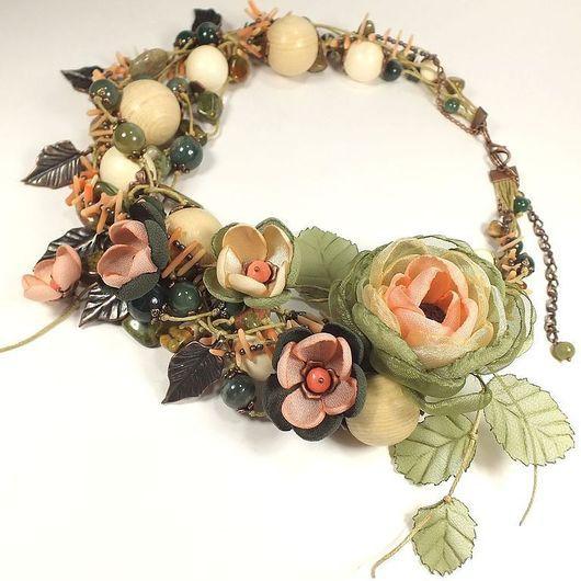 Комплекты украшений ручной работы. Ярмарка Мастеров - ручная работа. Купить Неровное Дыхание Весны. Колье, брошь - цветок, цветы из ткани. Handmade.