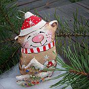 Сувениры и подарки handmade. Livemaster - original item Christmas decorations: Cat Coffee new Year with a Christmas tree Painting. Handmade.