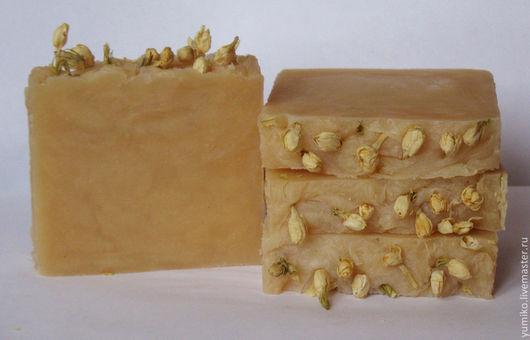 Мыло ручной работы. Ярмарка Мастеров - ручная работа. Купить Натуральное мыло с воском жасмина. Handmade. Бежевый, натуральное мыло