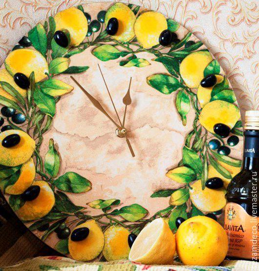"""Часы для дома ручной работы. Ярмарка Мастеров - ручная работа. Купить Часы настенные """"Лимонные"""". Handmade. Лимонный, лимоны и оливки"""