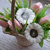 Косметика ручной работы. Ярмарка Мастеров - ручная работа Букет из мыла 3 герберы и 4 розы в корзинке с вариантами расцветок. Handmade.