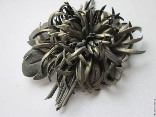 Броши ручной работы. Ярмарка Мастеров - ручная работа. Купить Брошь Хризантема из итальянской кожи. Handmade. Брошь цветок