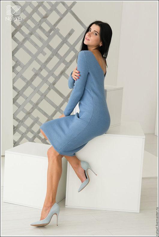 """Платья ручной работы. Ярмарка Мастеров - ручная работа. Купить Вязаное платье """"Сиренити"""". Handmade. Голубой, платье с открытой спиной"""