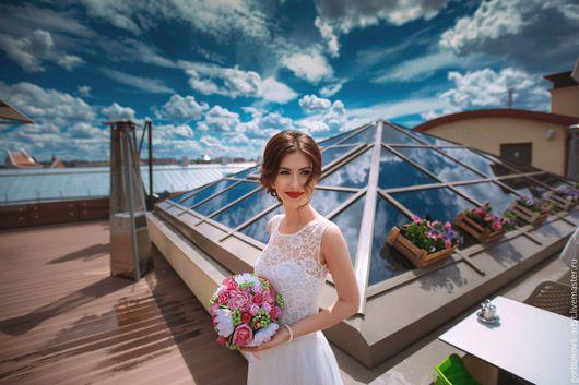 Свадебный букет, букет невесты выполнен полностью в ручную от цветочного кутюрье Анны Горбуновой