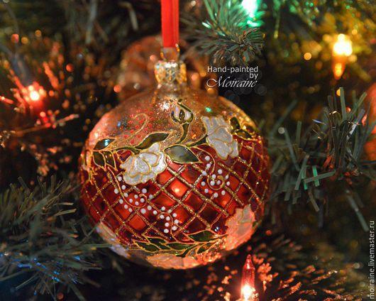 Стеклянный елочный шар `Графскй парк`. Витражная роспись