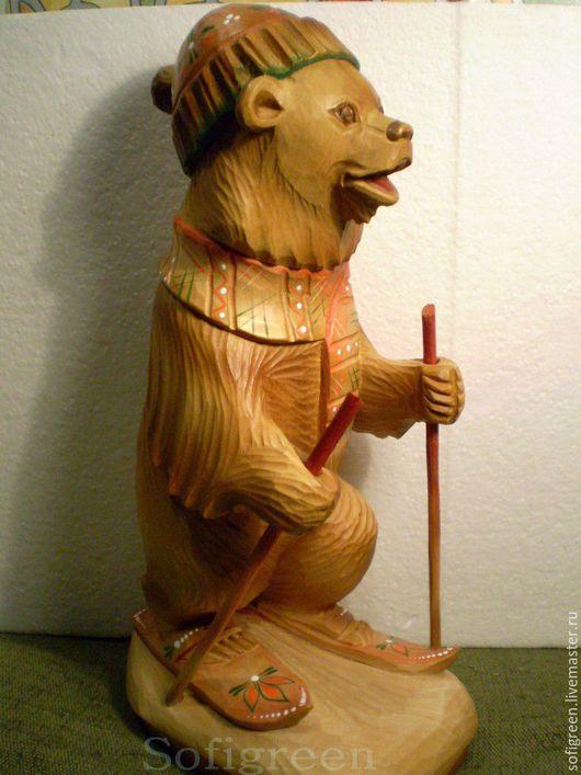 """Сувениры ручной работы. Ярмарка Мастеров - ручная работа. Купить """"Медведь лыжник"""",резьба по дереву. Handmade. Коричневый, искусство резьбы"""