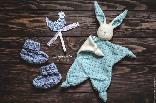Носки, гольфы, гетры ручной работы. Ярмарка Мастеров - ручная работа. Купить Подарочный набор в упаковке для малыша на 1 год. Handmade.