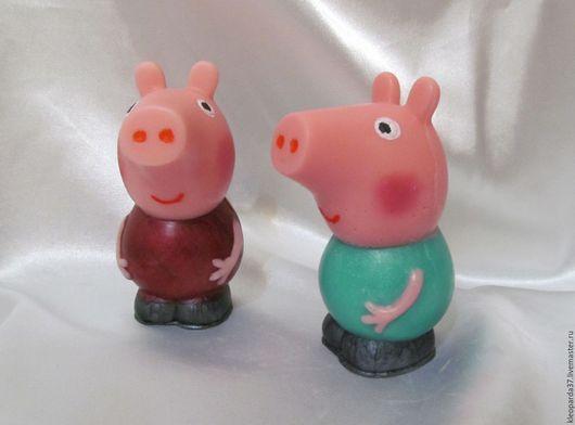"""Мыло ручной работы. Ярмарка Мастеров - ручная работа. Купить Мыло сувенирное """"Свинка Пеппа"""".. Handmade. Комбинированный, свинка"""