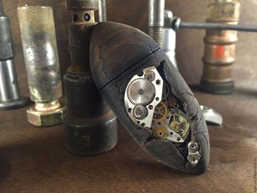 """Стимпанк ручной работы. Ярмарка Мастеров - ручная работа. Купить USB флешка в стиле стимпанк """"old mechanism"""". Handmade. Коричневый"""