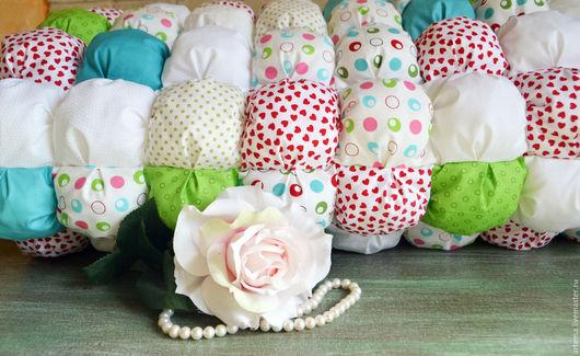 Пледы и одеяла ручной работы. Ярмарка Мастеров - ручная работа. Купить Лоскутное зефирное одеялко бом-бон. Handmade. Комбинированный