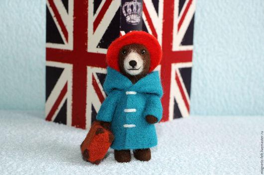 """Магниты ручной работы. Ярмарка Мастеров - ручная работа. Купить """"Пожалуйста, присмотрите за этим медвежонком!"""" - магнитик из шерсти. Handmade."""