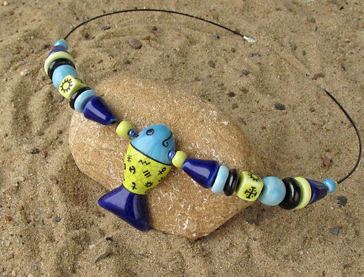 Колье, бусы ручной работы. Ярмарка Мастеров - ручная работа. Купить Яркие бусы с рыбкой.. Handmade. Керамика, керамические бусы