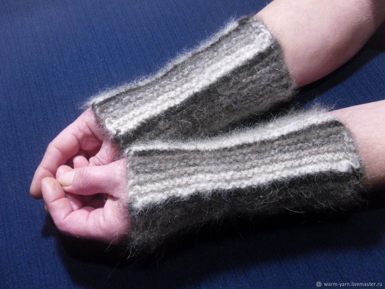 Women's knitted mittens Black and White blues, Mitts, Klin,  Фото №1