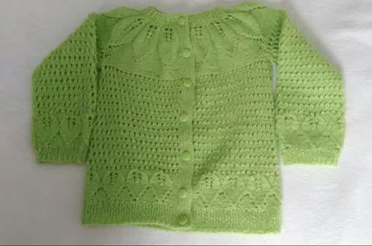 """Одежда для девочек, ручной работы. Ярмарка Мастеров - ручная работа. Купить Вязаная кофточка для девочки """"Майская зелень"""". Handmade."""