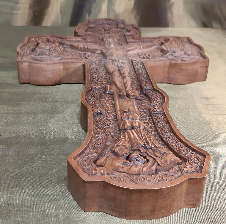 Кресты резные из дерева фото