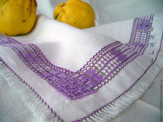 льняная салфетка вышитый уголок ручная вышивка мулине мережка строчевая вышивка белая салфетка с бахромой ретро стиль сиреневые мулине бахрома
