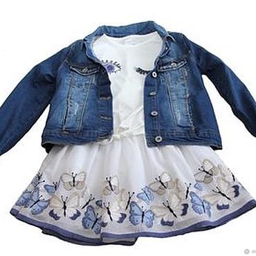 Работы для детей, ручной работы. Ярмарка Мастеров - ручная работа Нарядная  юбка для девочки из батиста с вышитыми голубыми бабочками. Handmade.