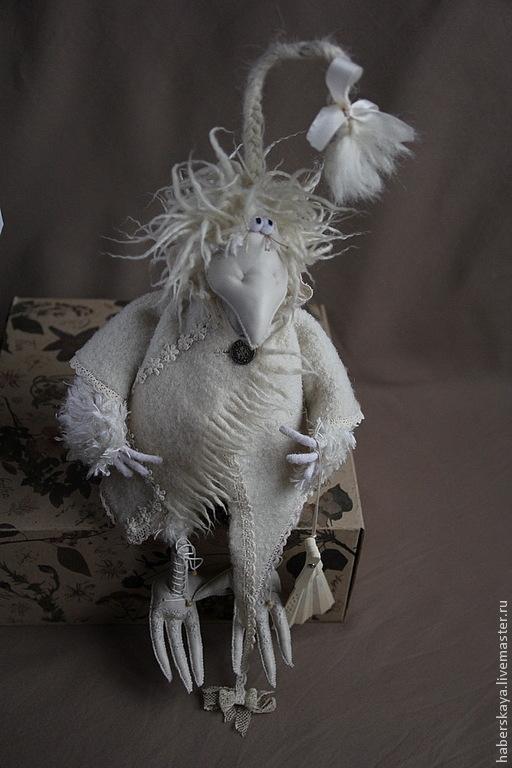 """Игрушки животные, ручной работы. Ярмарка Мастеров - ручная работа. Купить Ворона белая """"Бэлла"""" текстильная. Handmade. Белый, ворона"""
