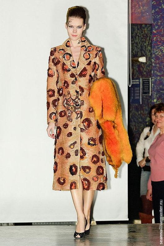 """Верхняя одежда ручной работы. Ярмарка Мастеров - ручная работа. Купить Пальто полностью ручной работы в нетканой технологии """"Ягуар"""". Handmade."""