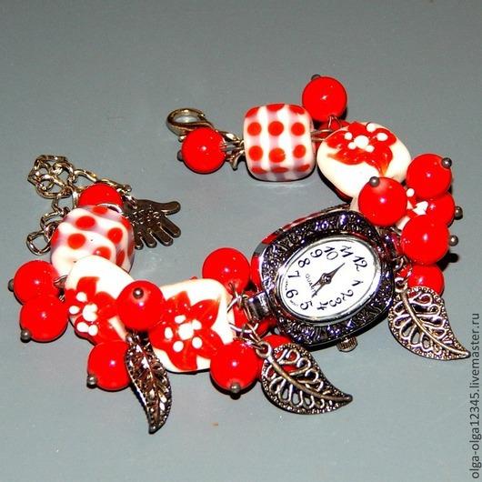"""Часы ручной работы. Ярмарка Мастеров - ручная работа. Купить Часы с браслетом """"Красные лютики"""". Handmade. Белый, наручные часы"""