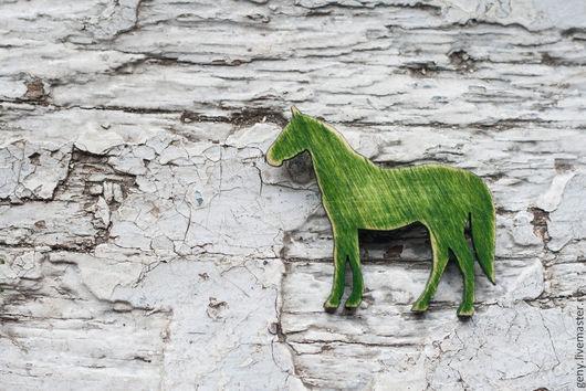 Броши ручной работы. Ярмарка Мастеров - ручная работа. Купить Лошади Лес (брошь). Handmade. Серый, унисекс, зеленый