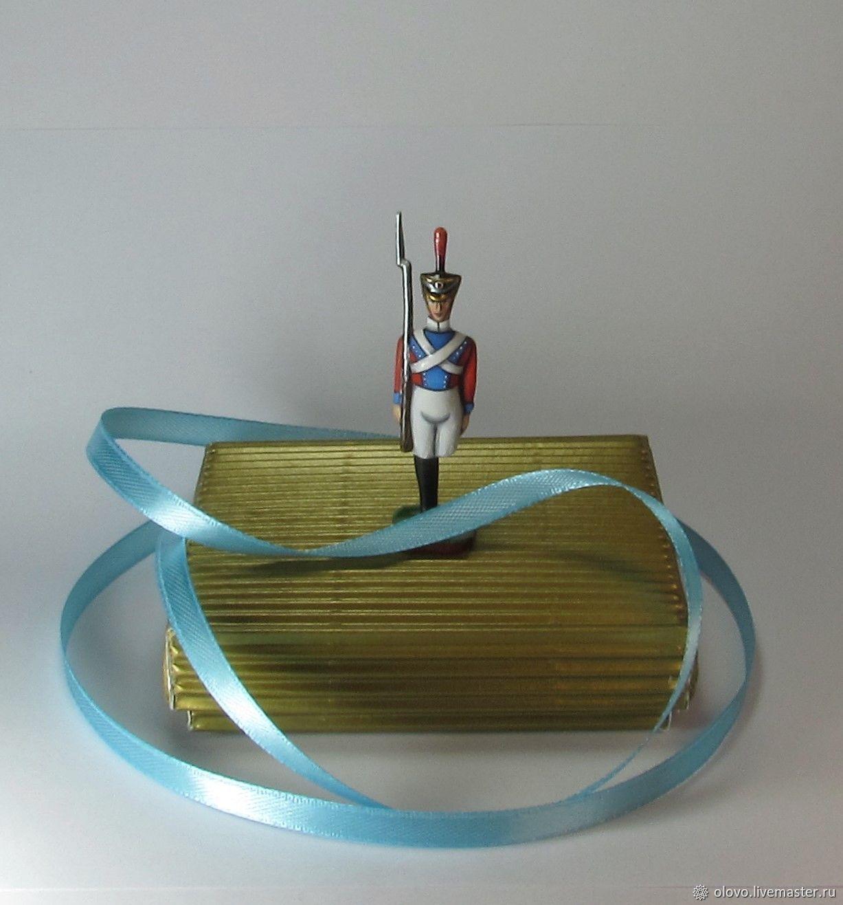монтаж стойка оловянного солдатика картинки частыми местами