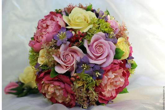 Свадебные цветы ручной работы. Ярмарка Мастеров - ручная работа. Купить Свадебный букет из ярких пионов. Handmade. Фуксия