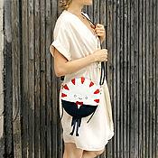Классическая сумка ручной работы. Ярмарка Мастеров - ручная работа Круглая Сумочка Мятный Лакей. Handmade.