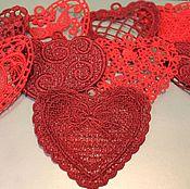 Подарки к праздникам ручной работы. Ярмарка Мастеров - ручная работа Вышитые подвески-валентинки. Handmade.