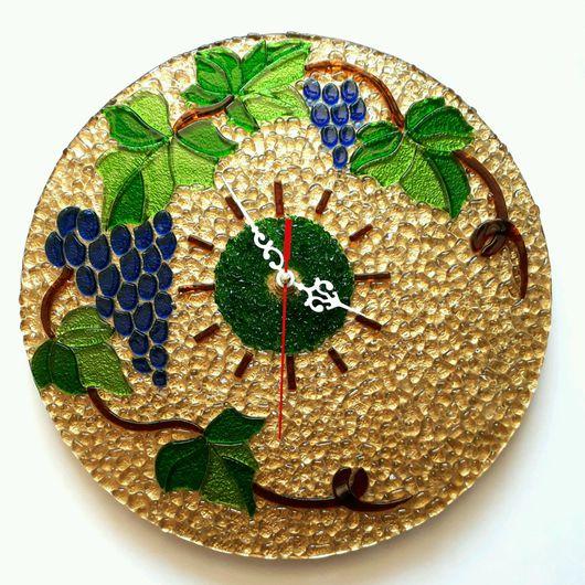 """Часы для дома ручной работы. Ярмарка Мастеров - ручная работа. Купить Часы """"Виноградная лоза"""". Фьюзинг.. Handmade. Разноцветный, часы"""