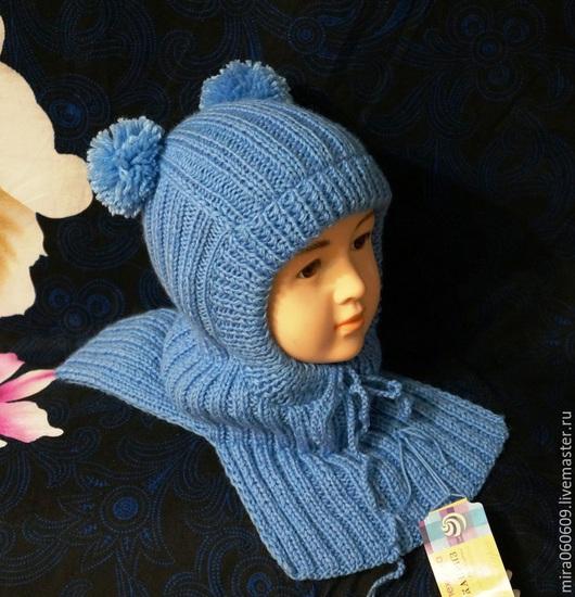Шапки и шарфы ручной работы. Ярмарка Мастеров - ручная работа. Купить Зимняя вязаная шапка-шлем с помпонами. Handmade. Голубой