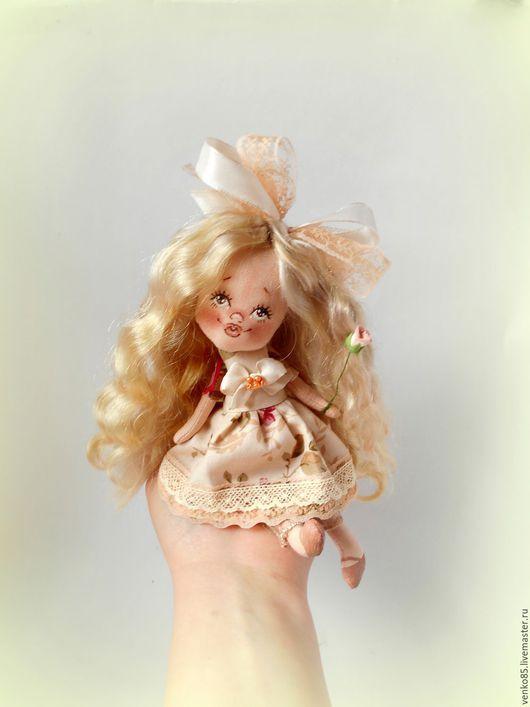 Коллекционные куклы ручной работы. Ярмарка Мастеров - ручная работа. Купить Чудо на ладошке Чайная Роза. Handmade. Бежевый