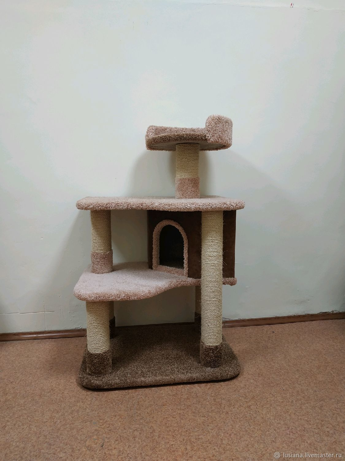 House for cats Inspiration buy. Available in size, Scratching Post, Ekaterinburg,  Фото №1