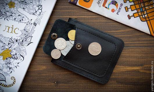 Кошельки и визитницы ручной работы. Ярмарка Мастеров - ручная работа. Купить Бумажник с монетницей, натуральная кожа. Handmade. Черный