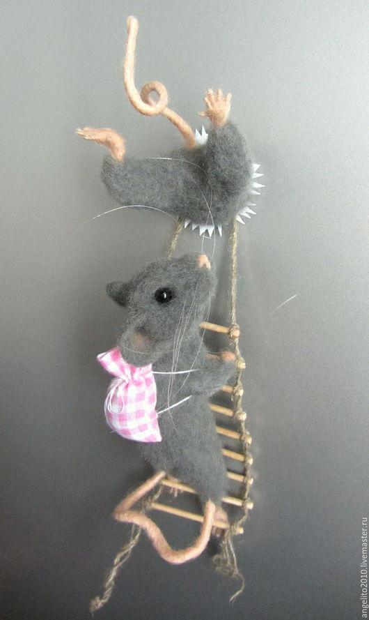 Игрушки животные, ручной работы. Ярмарка Мастеров - ручная работа. Купить Магнит на холодильник Мышки. Handmade. Мышь, мышь из шерсти
