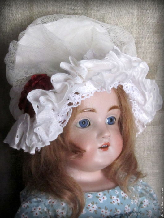 Одежда для кукол ручной работы. Ярмарка Мастеров - ручная работа. Купить Боннет нормандский для антикварной куклы.. Handmade. Белый, сетка
