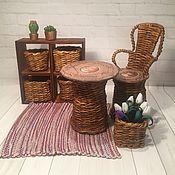 Мебель для кукол ручной работы. Ярмарка Мастеров - ручная работа Плетёный стол и стул для Барби. Handmade.