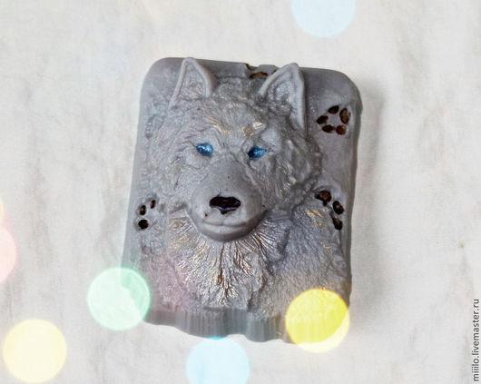 Мыло ручной работы. Ярмарка Мастеров - ручная работа. Купить мыло Волк. Handmade. Серый, мыло сувенирное, мыльный подарок