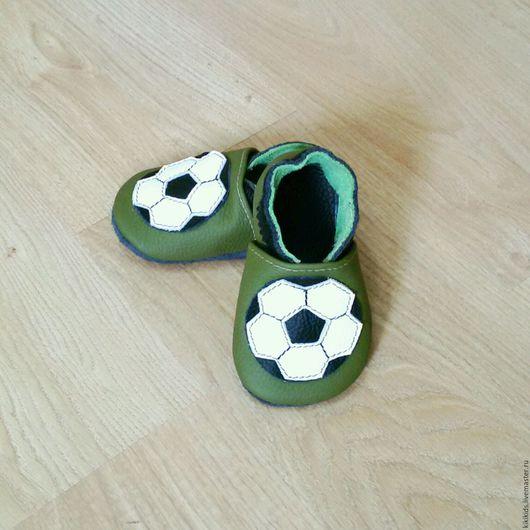Обувь ручной работы. Ярмарка Мастеров - ручная работа. Купить Пинетки, чешки, мокасины Футбол. Handmade. Обувь ручной работы