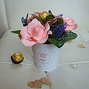 Цветы и флористика ручной работы. Ярмарка Мастеров - ручная работа Подарок к 8 марта, воспитателю, букет на свадьбу, букет из конфет. Handmade.